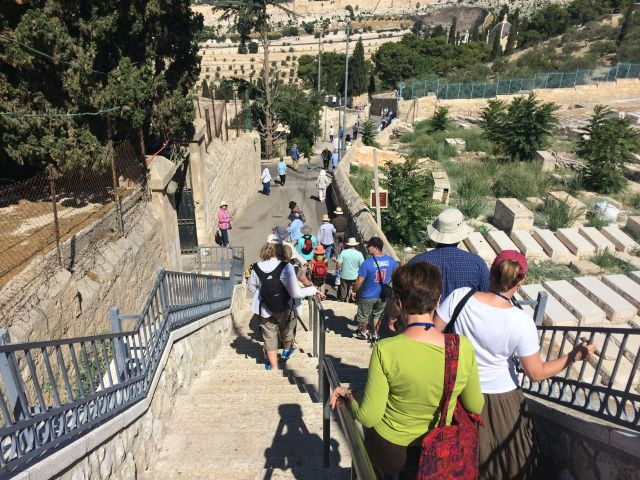 140708 Walking down Mt Olives
